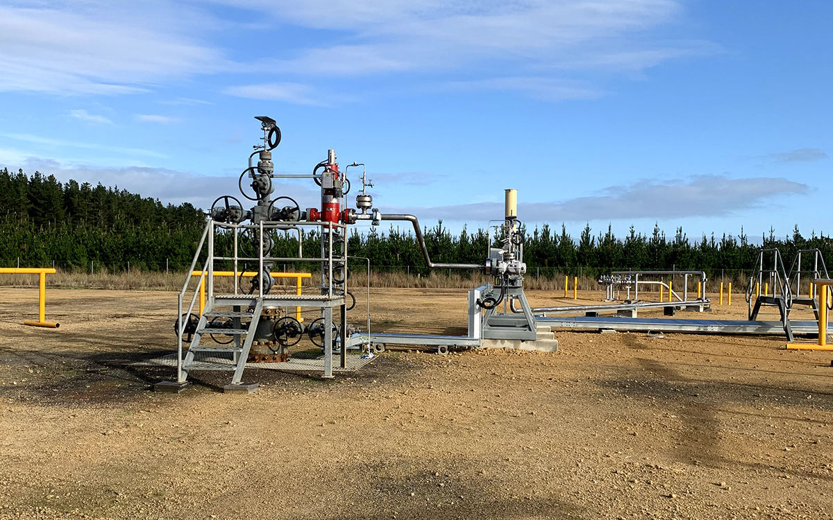 Haselgrove #3 Gas Wellhead Connection 1